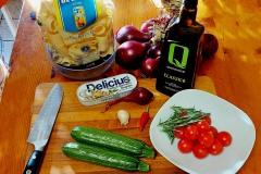 Paccheri-sgombro-e-zucchine-1