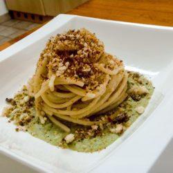 Spaghetti Aglio Olio Crema Di Cavolfiore Pane d'acciuga