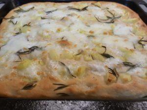 Focaccia Mozzarella e Rosmarino