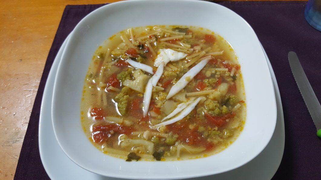 Pasta e broccoli in brodo di arzilla, piatto finito
