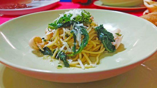 Spaghetti Calamari broccoletti e pecorino